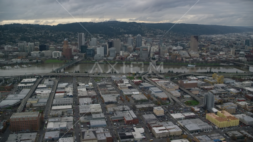 Bridges over the Willamette River leading to Downtown Portland, Oregon Aerial Stock Photo AX155_044.0000142F | Axiom Images