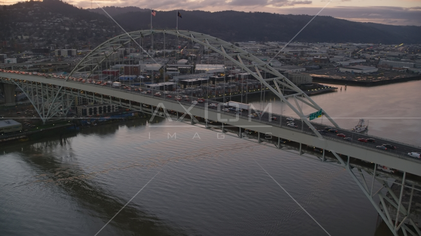 Heavy rush-hour traffic on both decks of the Fremont Bridge, Portland, Oregon Aerial Stock Photo AX155_209.0000000F | Axiom Images