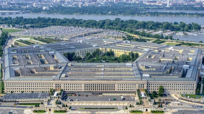 The Pentagon in Washington DC with Potomac River in the background Aerial Stock Photo AXP075_000_0022F | Axiom Images