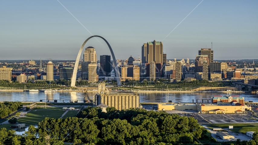 The skyline and Arch across from a park and grain elevator, Downtown St. Louis, Missouri Aerial Stock Photos | DXP001_021_0004