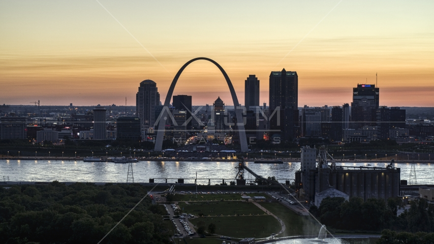 The Downtown St. Louis, Missouri skyline at twilight Aerial Stock Photos | DXP001_030_0003