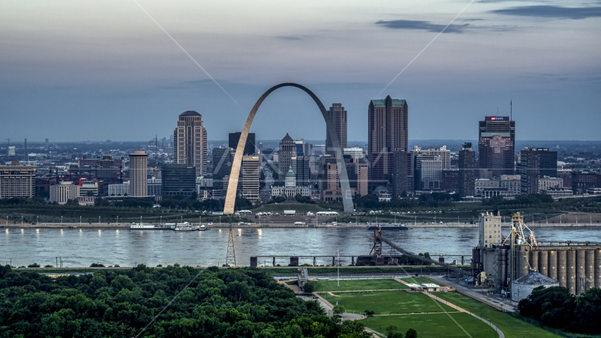 Gateway Arch and the skyline of Downtown St. Louis, Missouri, at twilight Aerial Stock Photos | DXP001_037_0017