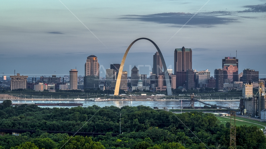 The riverfront Gateway Arch in Downtown St. Louis, Missouri, at sunrise Aerial Stock Photo DXP001_038_0001 | Axiom Images