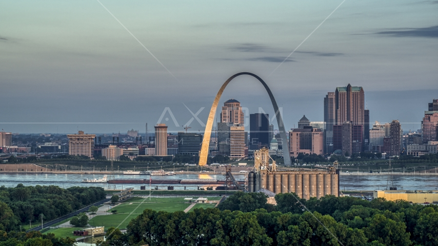 The Gateway Arch at sunrise in Downtown St. Louis, Missouri Aerial Stock Photos | DXP001_038_0002