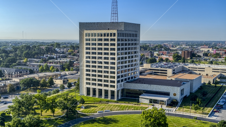 An government office building in Kansas City, Missouri Aerial Stock Photos | DXP001_043_0001