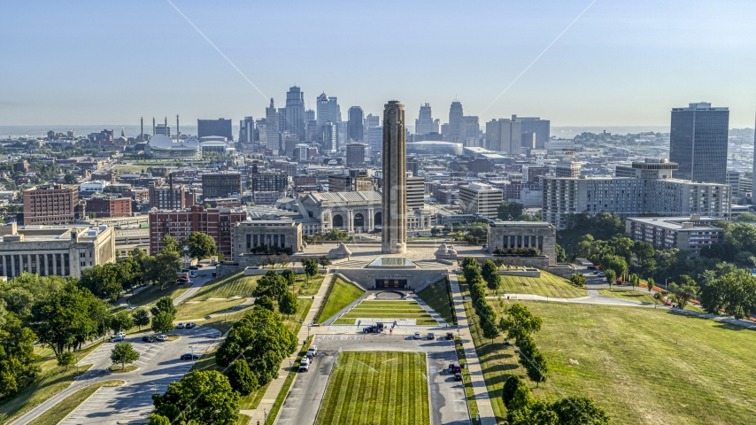WWI memorial and museum, with the downtown skyline in the background in Kansas City, Missouri Aerial Stock Photos | DXP001_043_0007