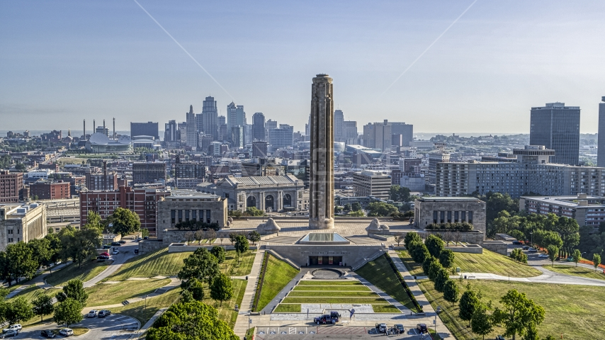 The WWI Museum and Memorial and the Downtown Kansas City, Missouri skyline Aerial Stock Photo DXP001_043_0010 | Axiom Images