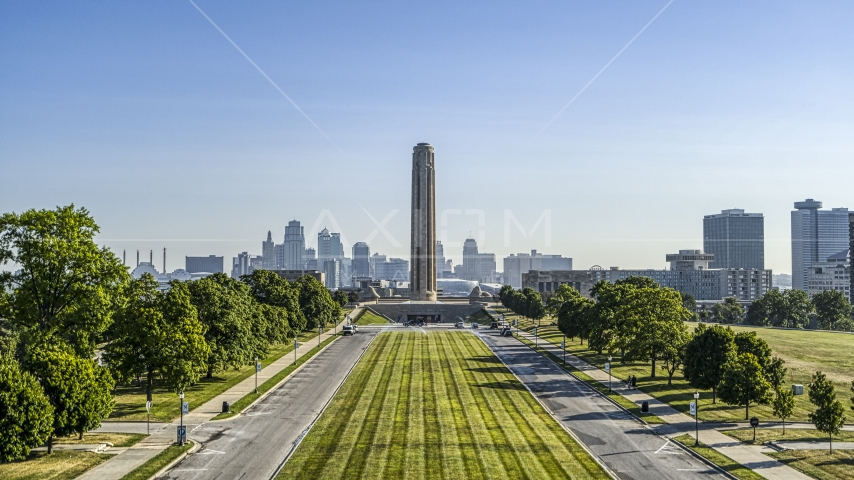 The historic WWI memorial in Kansas City, Missouri Aerial Stock Photos | DXP001_043_0013