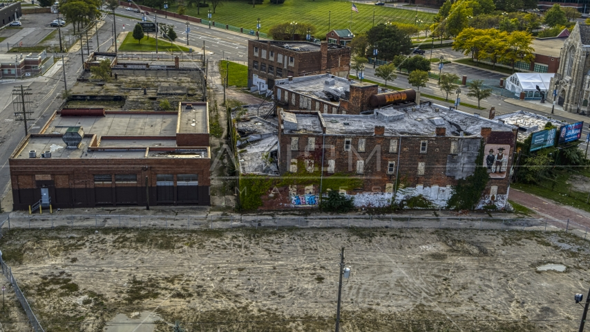 Abandoned building and lot at sunset, Detroit, Michigan Aerial Stock Photos | DXP002_192_0003