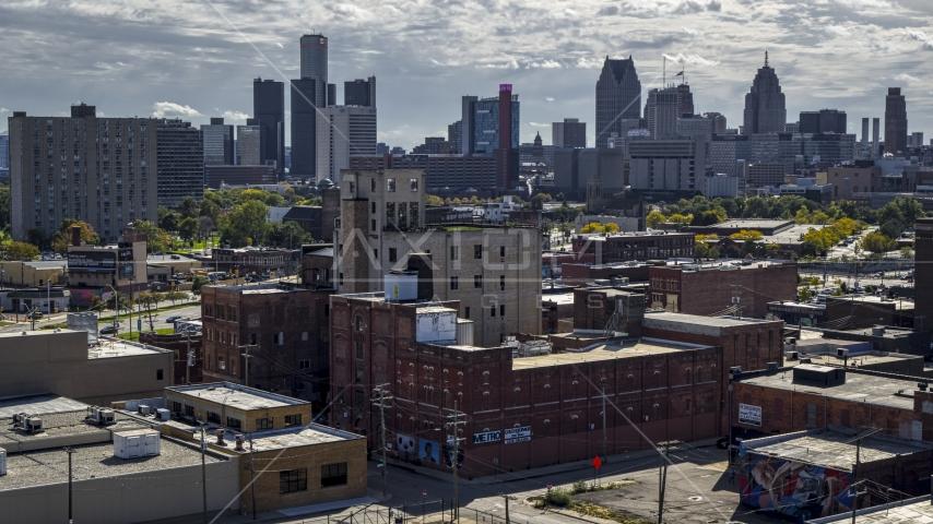 A brick warehouse building in Detroit, Michigan Aerial Stock Photos | DXP002_194_0012