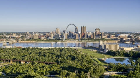 DXP001_022_0003 - Aerial stock photo of A riverfront park with view of the Arch and skyline, Downtown St. Louis, Missouri