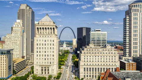 DXP001_031_0002 - Aerial stock photo of Courthouses and skyscrapers in Downtown St. Louis, Missouri, Gateway Arch in the background