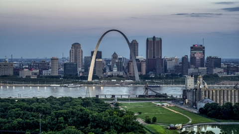 DXP001_037_0015 - Aerial stock photo of Gateway Arch and the skyline of Downtown St. Louis, Missouri, at twilight