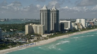 AX0031_059 - 5K stock footage aerial video of the Blue and Green Diamonds, Miami Beach, Florida