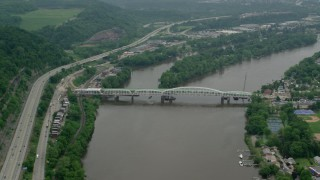 AX106_004 - 5K stock footage aerial video of Oakmont Hulton Bridge in Oakmont, Pennsylvania