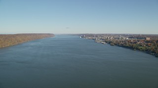 AX119_059 - 6K stock footage aerial video approach Yonkers on the Hudson River in New York in Autumn