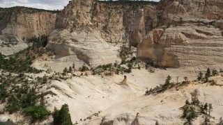 AX131_052 - 6K stock footage aerial video of approaching a rock formation, Grand Staircase-Escalante National Monument, Utah