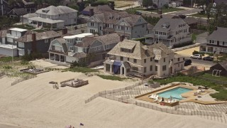 AX71_083 - 5K stock footage aerial video of beachfront homes in Bay Head, Jersey Shore, New Jersey