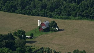 AX72_113 - 5K stock footage aerial video of a barn and farm fields in Centreville, Maryland