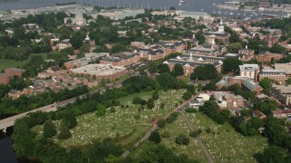 AX73_014 - 5K stock footage aerial video of St Annes Cemetery and Maryland State House in Annapolis