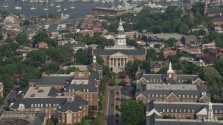 AX73_015 - 5K stock footage aerial video of the Maryland State House in Annapolis