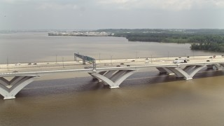 AX74_029 - 5K stock footage aerial video of Woodrow Wilson Memorial Bridge Spanning the Potomac River