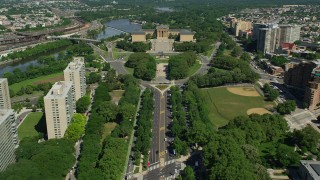 AX82_018 - 5K stock footage aerial video approaching The Oval park and Philadelphia Museum of Art, Pennsylvania