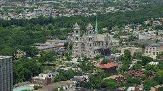 AX83_091 - 5K stock footage aerial video of Cathedral Basilica of the Sacred Heart in Newark, New Jersey