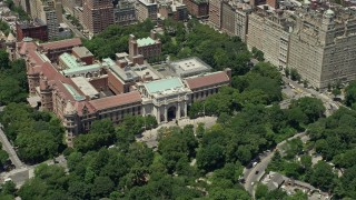 AX83_135 - 5K stock footage aerial video orbiting the Museum of Natural History, New York City