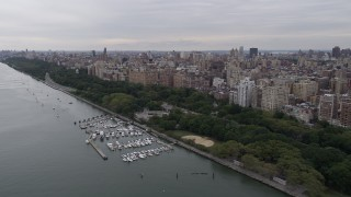 AX84_028 - 4K stock footage aerial video Flying by Riverside Park, Upper West Side, New York, New York