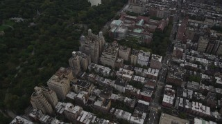 AX87_145 - 4K stock footage aerial video Upper West Side, Museum of Natural History, Midtown Manhattan, New York