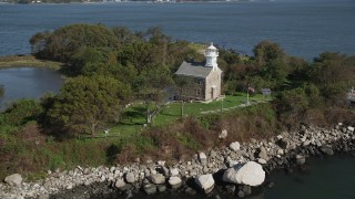 AX91_057 - 4K stock footage aerial video of approaching the lighthouse on Great Captain Island, Greenwich, Connecticut