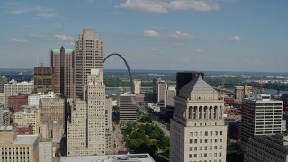 DX0001_000777 - 5.7K stock footage aerial video flyby courthouse to reveal the Museum at the Gateway Arch in Downtown St. Louis, Missouri