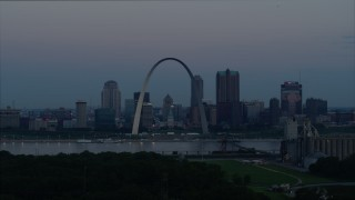 DX0001_000913 - 5.7K stock footage aerial video flyby Gateway Arch and the skyline of Downtown St. Louis, Missouri, at twilight