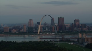 DX0001_000936 - 5.7K stock footage aerial video of a view of the Gateway Arch at sunrise in Downtown St. Louis, Missouri