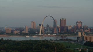 DX0001_000949 - 5.7K stock footage aerial video of passing the St. Louis Arch in the morning in Downtown St. Louis, Missouri