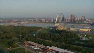 DX0001_000971 - 5.7K stock footage aerial video of the Gateway Arch at sunrise, Downtown St. Louis, Missouri