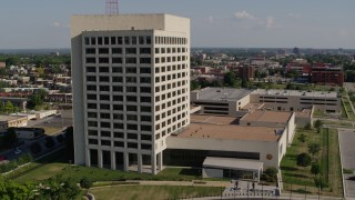 DX0001_001116 - 5.7K stock footage aerial video orbit around a government office building in Kansas City, Missouri