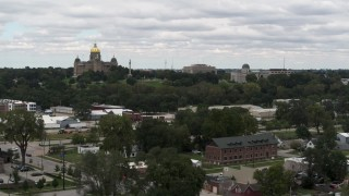 DX0002_165_028 - 5.7K stock footage aerial video of the Iowa State Capitol and grounds in Des Moines, Iowa during descent