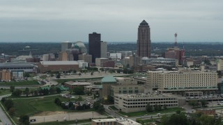DX0002_167_004 - 5.7K stock footage aerial video of the city's skyline and skyscraper in Downtown Des Moines, Iowa, seen from the hospital