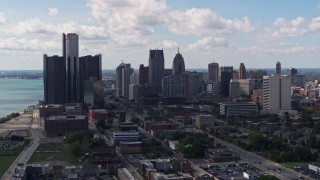 DX0002_194_001 - 5.7K stock footage aerial video a view of GM Renaissance Center and the city's skyline, Downtown Detroit, Michigan