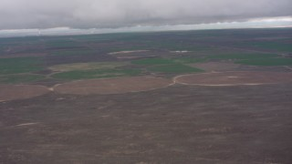 WA005_032 - 4K stock footage aerial video of circular crop fields in Kansas