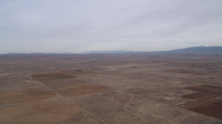 5K stock footage aerial video of VFX Background Plate of the Mojave Desert in California Aerial Stock Footage | AX0006_106