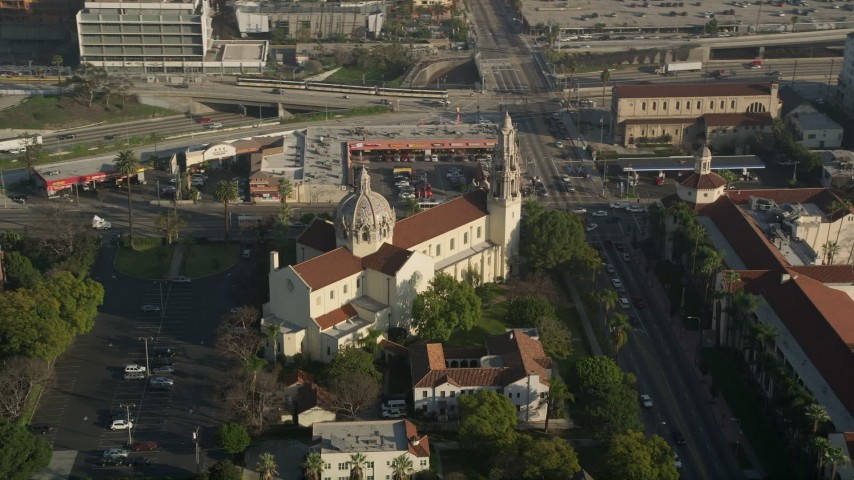5K aerial video of passing St. Vincent Catholic Church, Los Angeles, California Aerial Stock Footage | AX0017_057