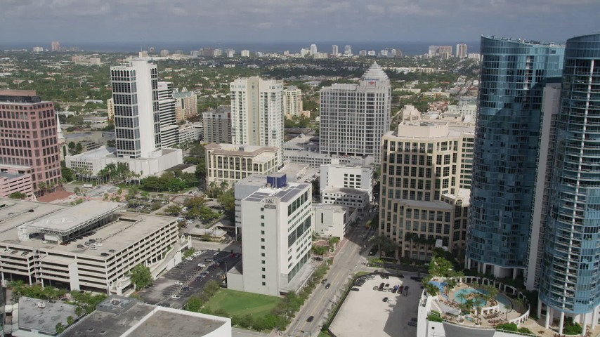 5K stock footage aerial video of Las Olas River Homes, Franklin Templeton building, Fort Lauderdale, Florida Aerial Stock Footage | AX0031_120