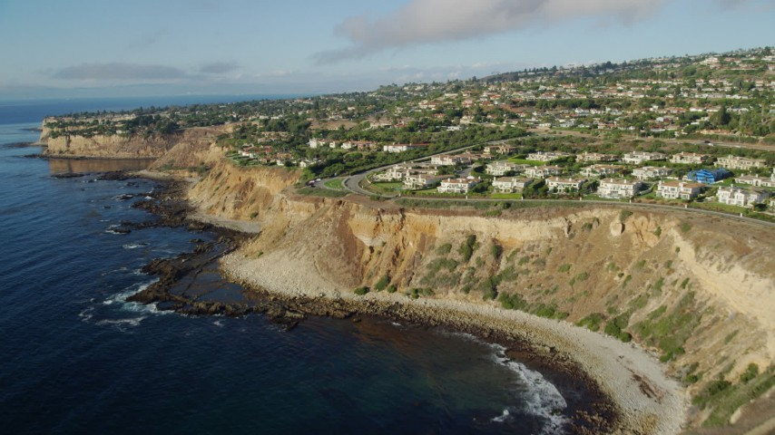 8K stock footage aerial video flying over clifftop mansions in Rancho Palos Verdes, California Aerial Stock Footage | AX0161_028