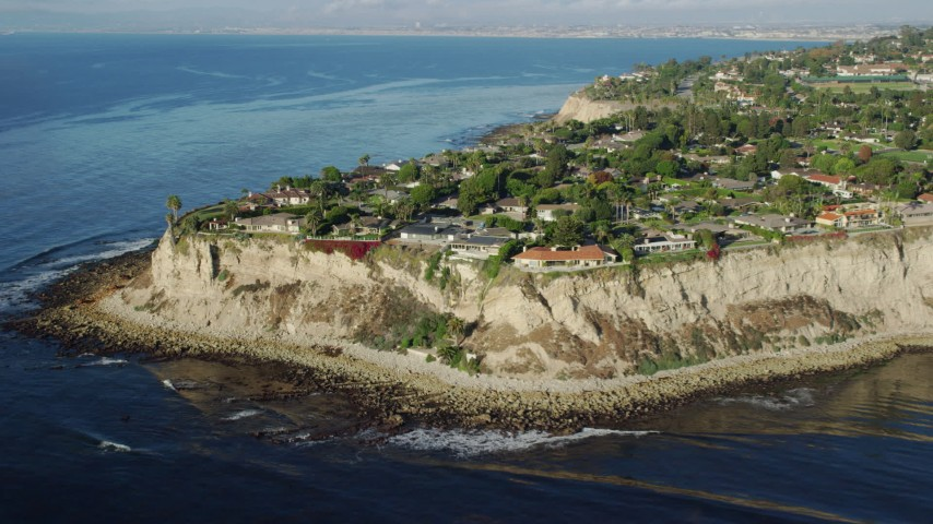 8K stock footage aerial video clifftop mansions in Palos Verdes Estates, California Aerial Stock Footage | AX0161_030