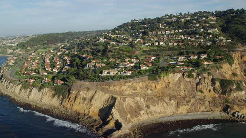8K stock footage aerial video of spacious mansions by Flat Rock Point, Palos Verdes Estates, California Aerial Stock Footage | AX0161_033