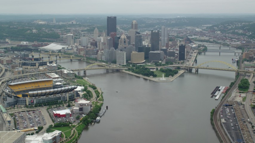 5K stock footage aerial video approaching Downtown Pittsburgh, Pennsylvania Aerial Stock Footage | AX105_195
