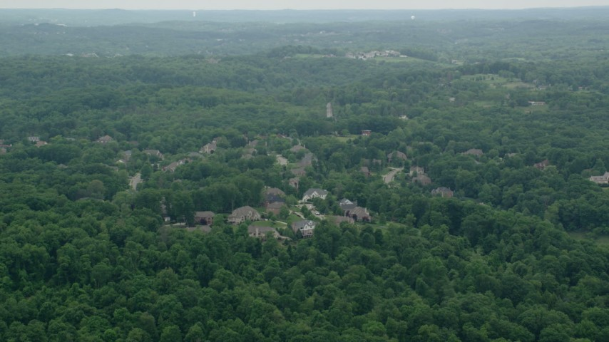 5K stock footage aerial video of upscale homes in Allison Park, Pennsylvania Aerial Stock Footage | AX106_015